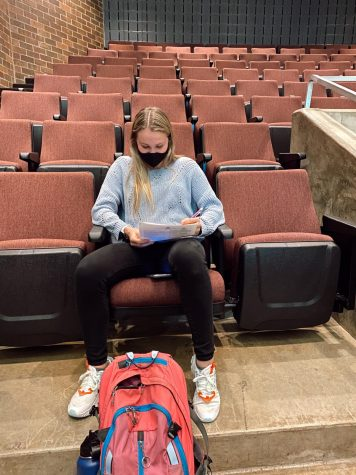 Julia Moore (10) perfecting her schedule while registering for her junior year classes.