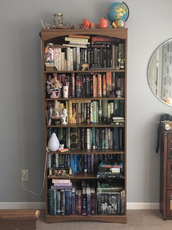 Emily Harkin's  bookshelf is an amazing place to find good books to read and enjoy with friends.